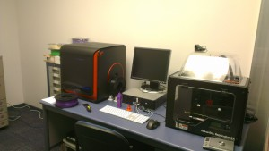 The UpBox (on the left) and the Makerbot in their natural environment.