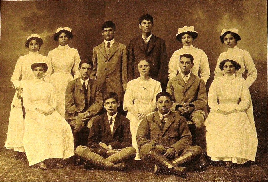 1912 Group from Kalimpong to Dunedin St Andrew's Colonial Homes Magazine, Kalimpong