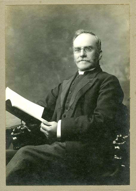 Rev James Ponder, 1918. Presbyterian Research Centre, Archives. Dunedin.