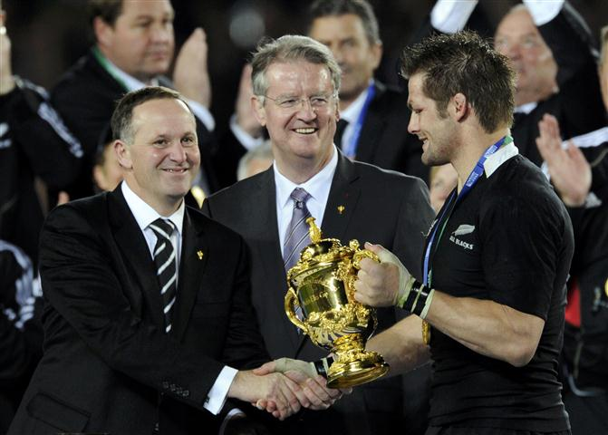 john-key-rugby-world-cup-handshake